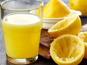 15 signos y síntomas de deficiencia de vitamina C